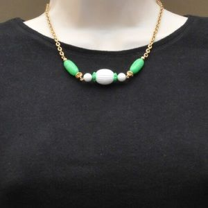 Avon 1978 Necklace Vintage Green and White